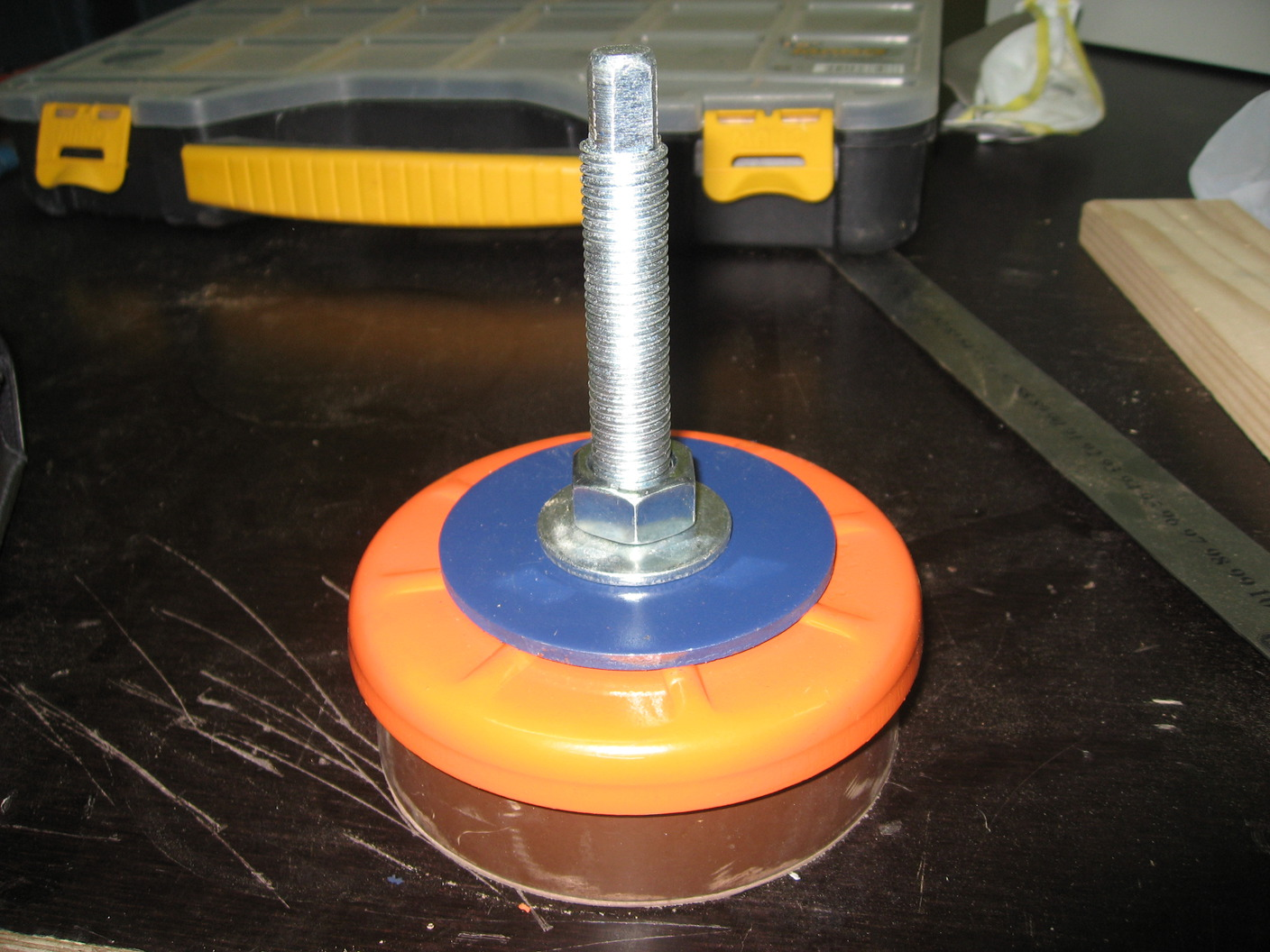 Machine Leveling Mounts : Machine leveling pads page